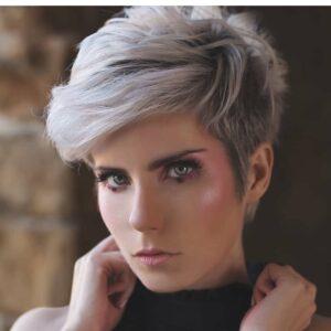 15 Trendige Kurze Haare für Frauen