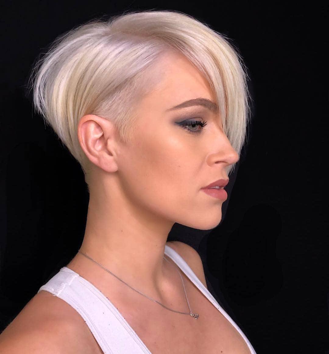 10+ Kurze Frisuren, zum weiblich leicht zu sein