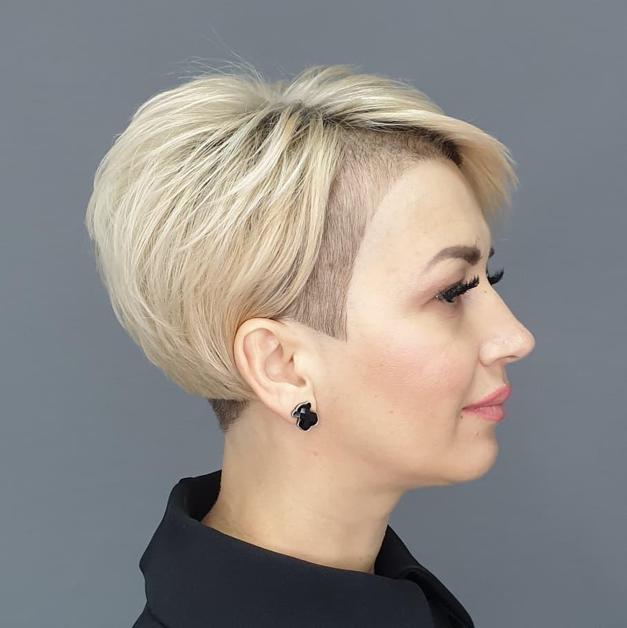 https://kurze.minataki.com/wowww-20-trendige-kurze-pixie-schnitte-die-sie-sich-ansehen-sollten/
