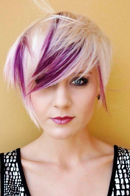 Tipps zum Kurzhaarschnitt für lila Haare