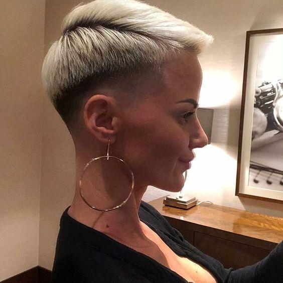 20 schicke Pixie-Frisuren für kurzes Haar