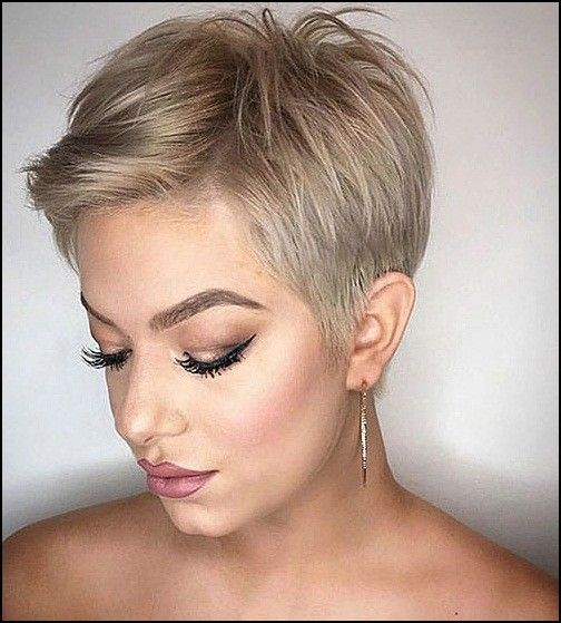 kurze-blond-pixie-frisuren--1