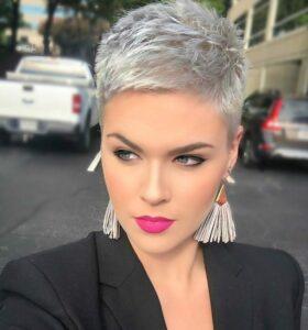 Beim Anschauen dieser 15 Kurze Haare liegen voll im Trend möchtest Du sicherlich schnell einen Termin bei Deinem Friseur vereinbaren!